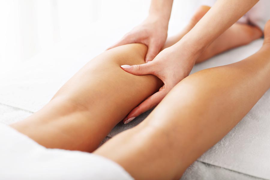 Fascia treatment on the leg