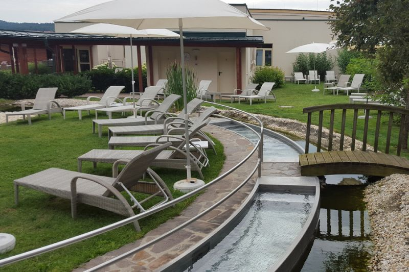 Kneippbecken AVITA Therme